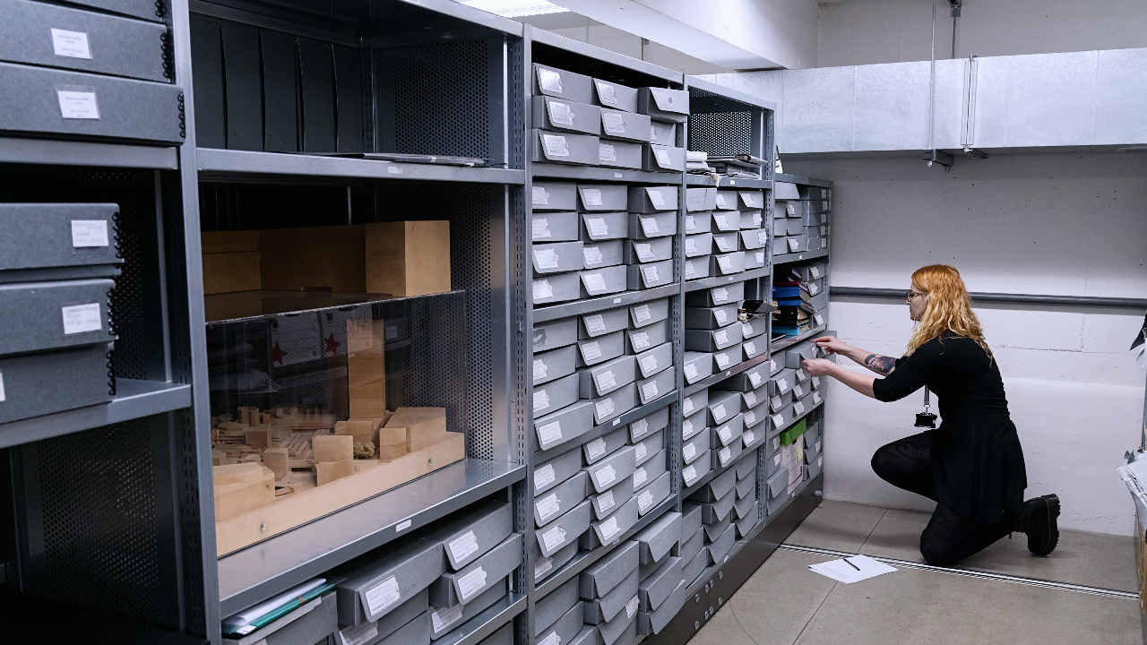 An NT Archivist in the NT Archive