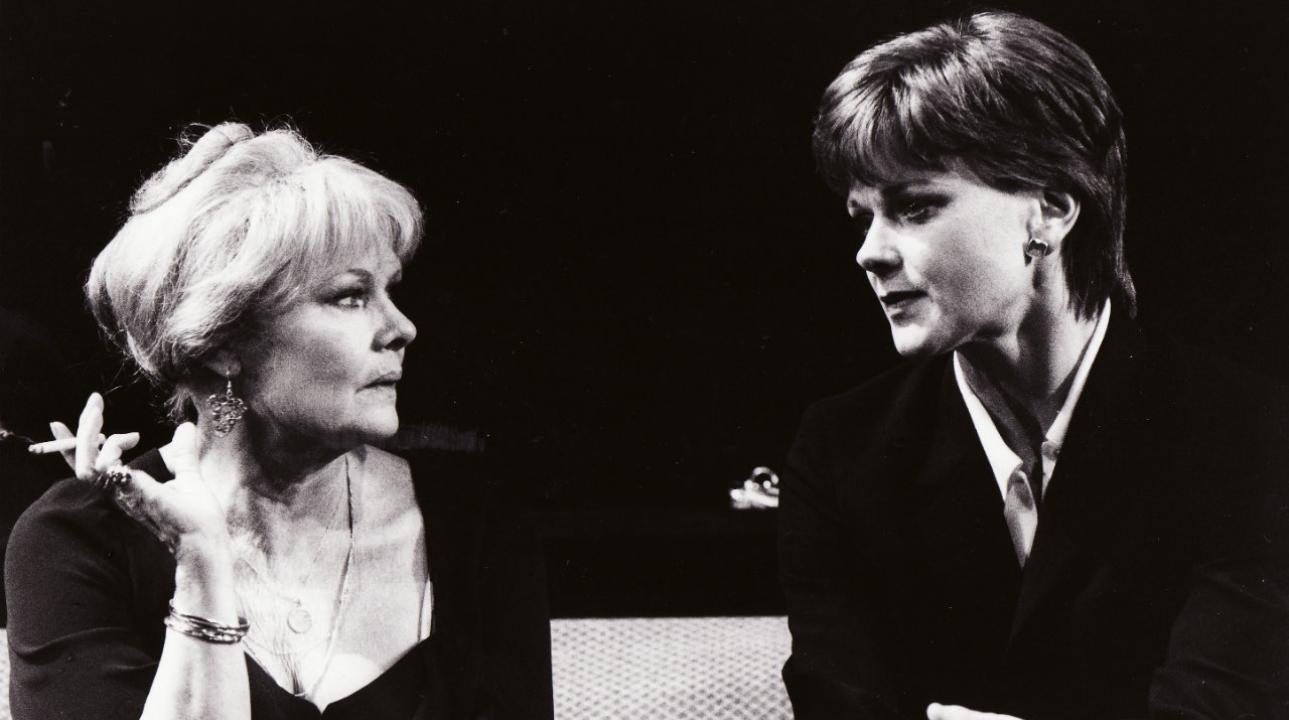Judi Dench and Samantha Bond in Amy's View by David Hare (1997) Photo by John Haynes