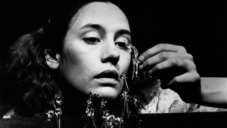 Laurie Metcalf in The Glass Menagerie, Steppenwolf