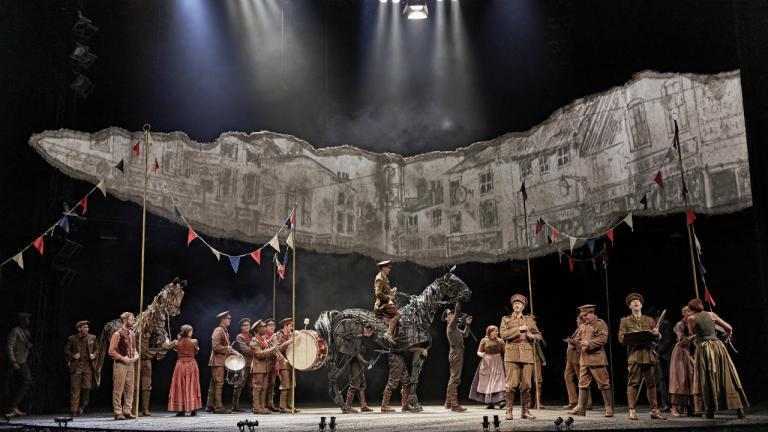 War Horse production image with full 2019 cast and the Joey puppet
