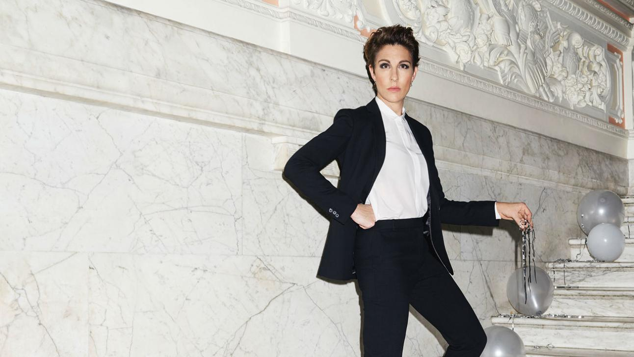 Twelfth Night with Tamsin Greig, standing on a marble staircase