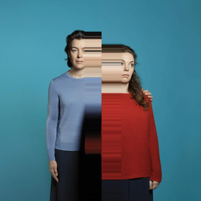 Mosquitoes - photo of Olivia Williams and Olivia Colman